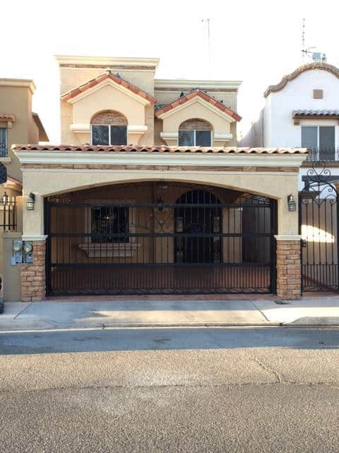 House in Mexicali, Gated Community, 3 Bedrooms