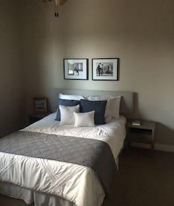 Luxury double room in Steiner - Austin