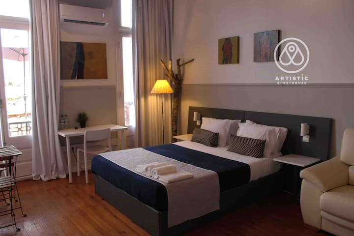Artistic room 4 - ARTISTIC GUESTHOUSE
