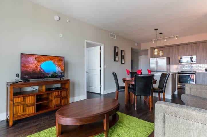 Stylish&Modern-Two bedroom FullyFurnished APT-BOCA