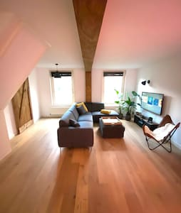 BRAND NEW SPACIOUS APARTMENT in city centre