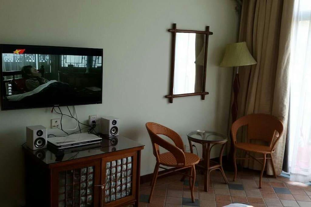 房间,电视,CD机等设备齐全