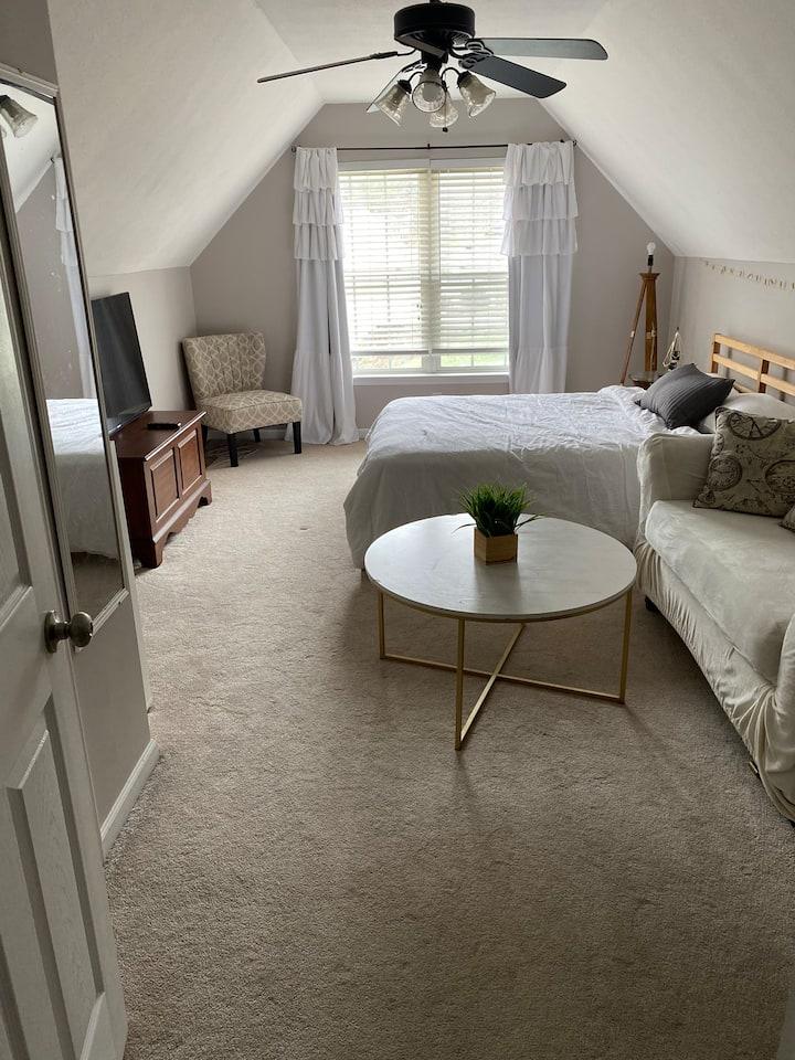 Large bedroom-travel professionals