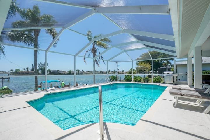 Lake home with heated pool in Cape Coral