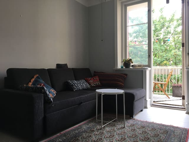 Studio apartment with balcony in heart of Malmö