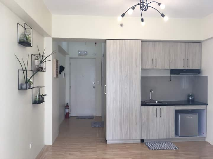Clean Studio Type Condo Unit