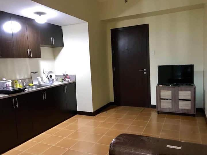 1BR San Lorenzo Condo Makati for rent