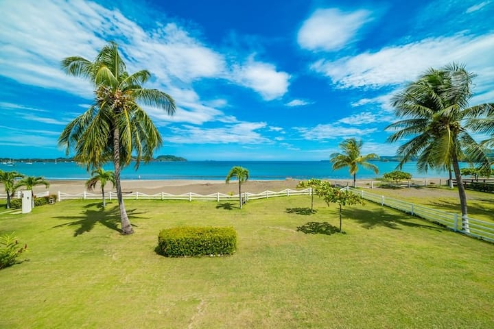 Beach Front Feet in the Sand, Ocean View, 1 BR 1BA