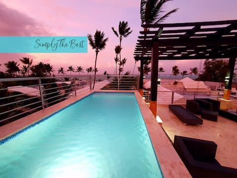 Luksuriøs takvåning på stranden med eget privat basseng