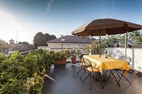 Parma on the Terrace - APARCAMIENTO PRIVADO GRATUITO