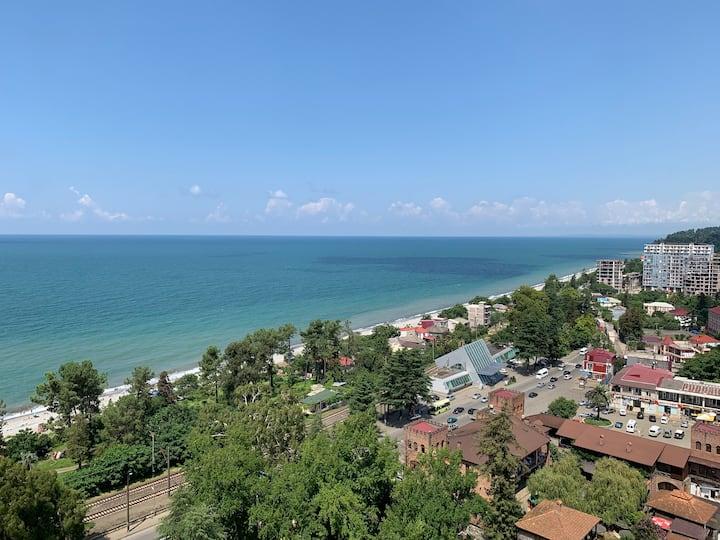 Апартаменты с видом на море и горы (100м до пляжа)