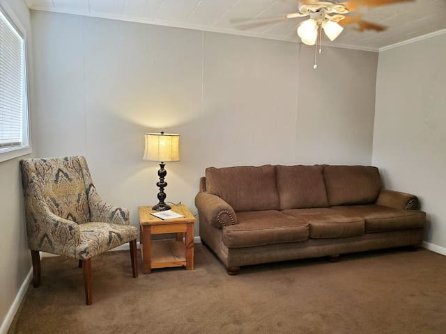801D Apartment Living for Work or Short Stays