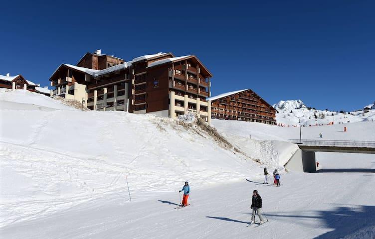 Appartement pour 7 avec Mezzanine + Local à Skis GRATUIT