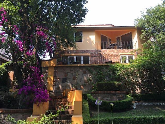 Casa condado de sayavedra - Ciudad López Mateos - Talo