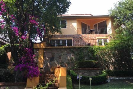 Casa condado de sayavedra - Ciudad López Mateos - Rumah