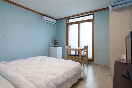 Double bed room - Seo-gu