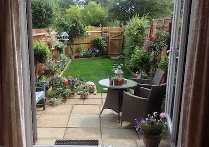 Comfortable home in pretty Chiltern village