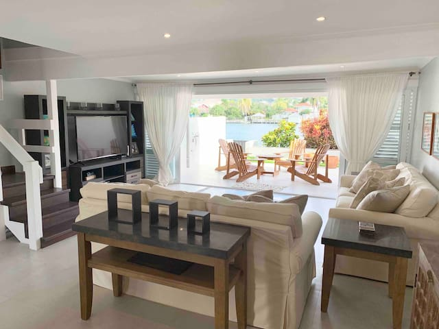 Waterfront 3-Bedroom in the Heart of Rodney Bay