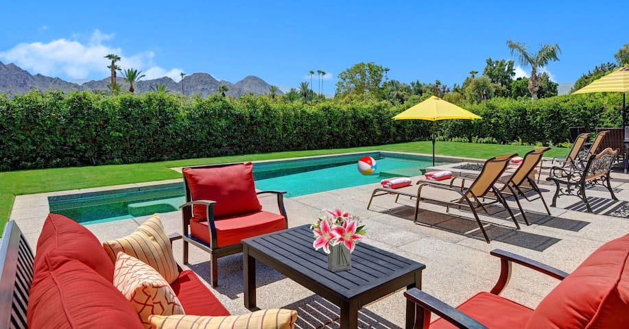 30-LOVE  -  walking distance to the TENNIS GARDENS - Indian Wells - House
