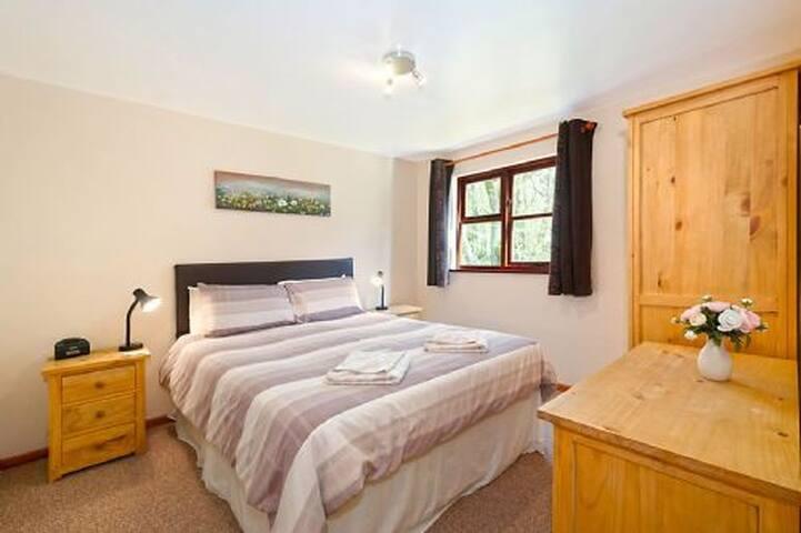 ASH 2 Bedroom Lodge
