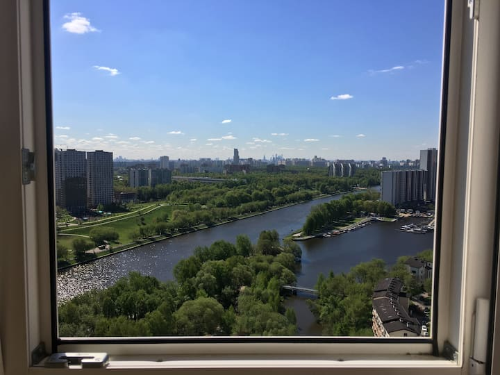 Flat with a beautiful view (с видом на всю Москву)