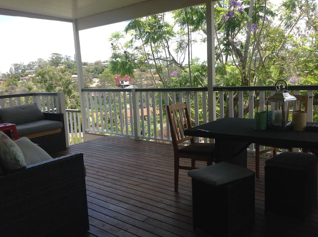 Queenslander elevated charm in Rochedale South