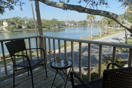 Lakeside Studio Apt. in historic area nr downtown - St. Augustine - Serviced apartment