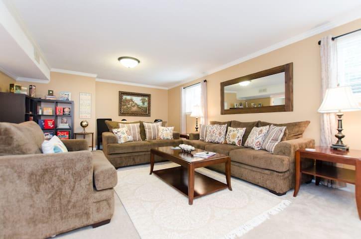 Chattanooga Retreat: Beautiful Executive Rental