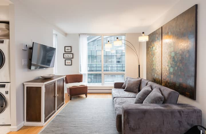 Your Home in Downtown Vancouver with Parking