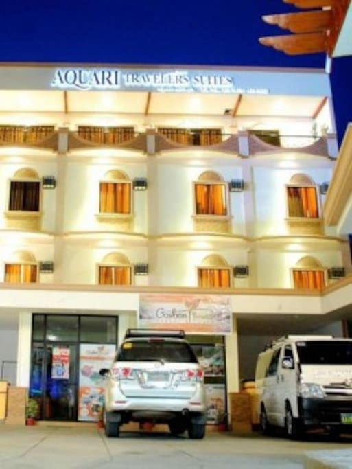 Aquari Suites Building