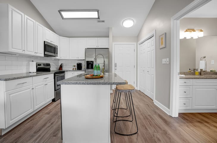 Fully equipped kitchen with all the modern conveniences.