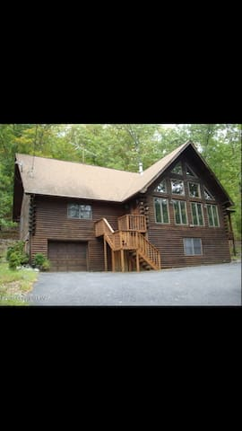 Huge Gorgeous Swiss Chalet in Private Community