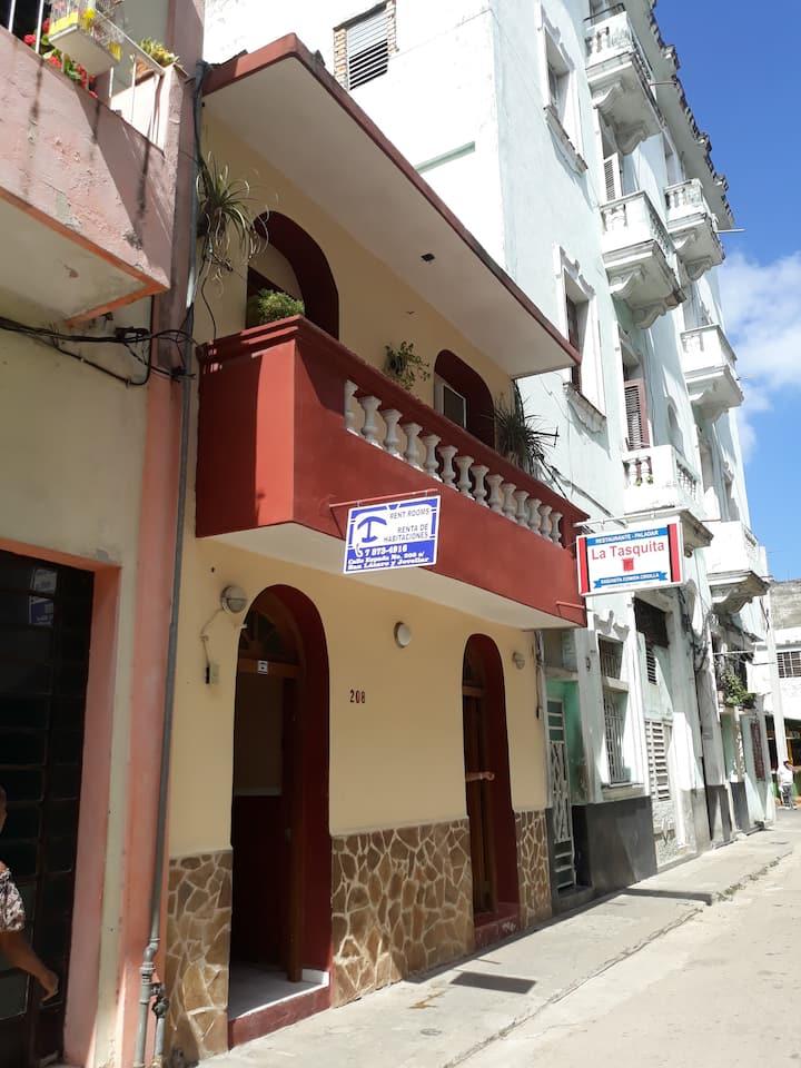 .Casa Alojamiento & Restaurante (La Tastiquita)..