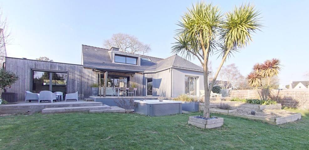 Magnifique maison à LARMOR-PLAGE
