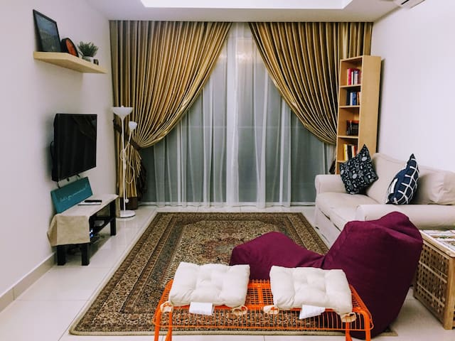 Entire Apartment In Lush Green Surrounding - Puchong - Apartamento