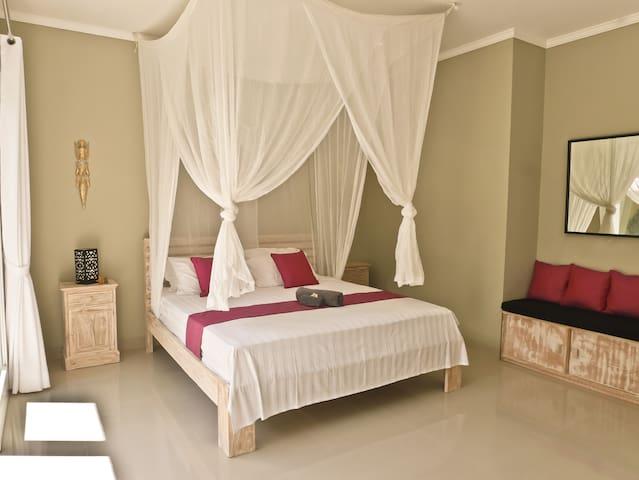 Private Villa at Echo Beach #2 - Double room