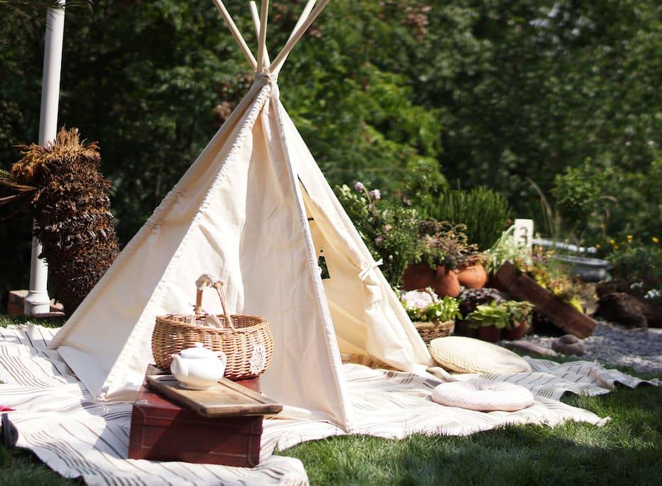 草坪帐篷,暖阳的时候搭起来更温馨