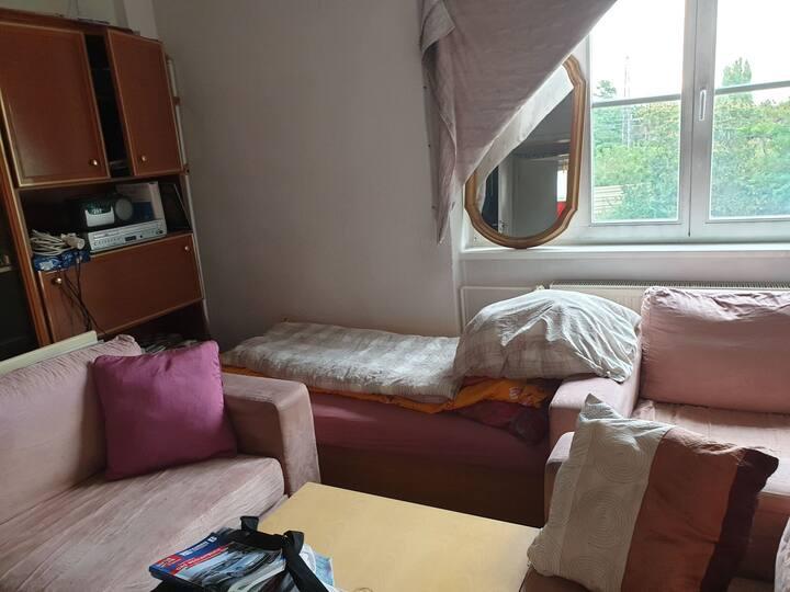 Magdeburg schönes Zimmergemütlich,voll Moble perfe