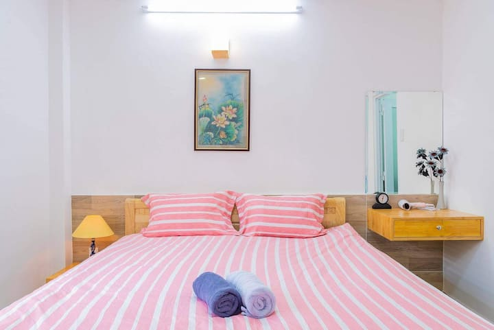 Queenbed WIFI Aircon@walking st Buivien Dist1 F5