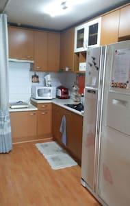 My sweet home near Eunpa park - 군산시 - Apartment