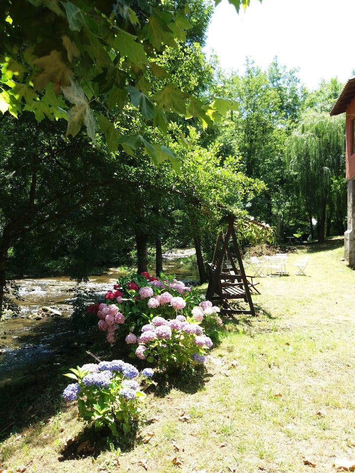Amplía y Bella Casa en el Corazón del País Vasco