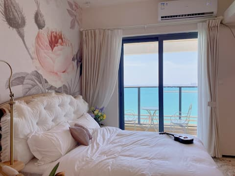 【罗马假日】海花岛180度超一线海景阳台复古风大开间· 看夕阳· 可住2人