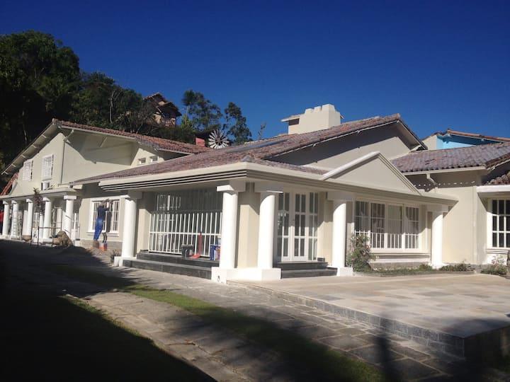 Casa de temporada em Petrópolis ( Mansão )