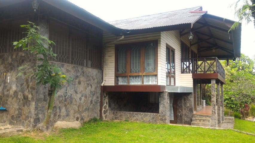 Villa Paguyuban Puncak Type B1
