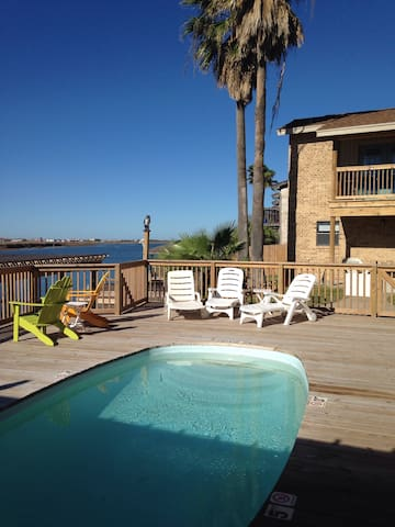 North Padre condo w new dock and pool Lorimar  B5
