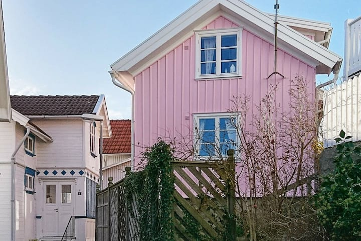 4 star holiday home in GRUNDSUND