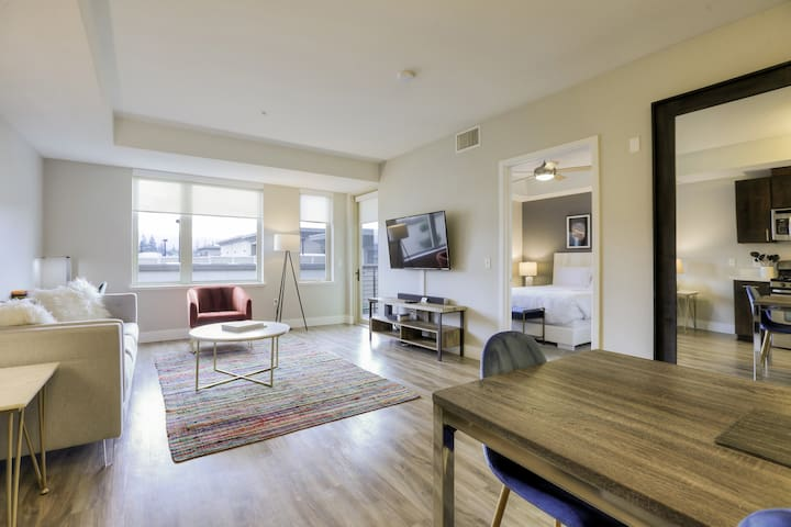 NEW! Modern and Cool 1BR with Pool + Balcony