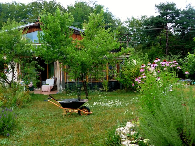 petite maison paisible - Boulc - Дом