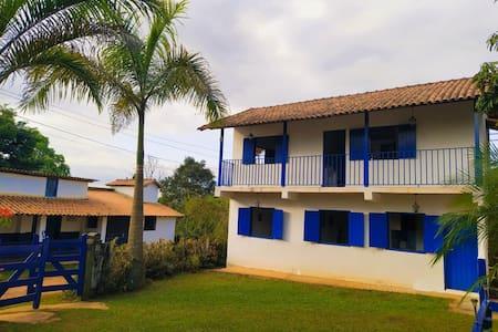 Hospedaria Villa Mariana/ casa de baixo (CASAL)