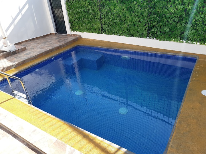 Fun House  Private Pool Walk to Beach - Sleeps 16